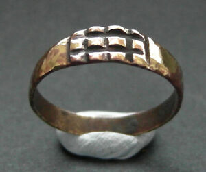A rare UK found genuine ancient Viking bronze ring - Wearable