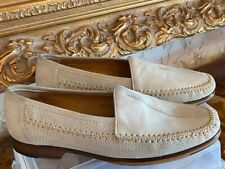 NEW MEZLAN BEIGE or Gray SUEDE LOAFERS MOCCASIN SHOES MADE IN SPAIN SIZE 9 M