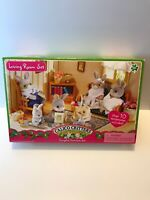 New CALICO CRITTERS VINTAGE LIVING ROOM SET - Rare Rocking Chair Bookshelf Lamp