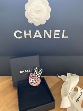 Limited Edition & Rare Rrp $725 Chanel Cc Victory Peace Sign Pin Brooch