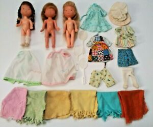 Knickerbocker KTC Hollie Hobbie 1976 Mixed Lot 3 6 inch Dolls and Clothing