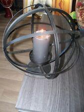 Bougeoir en métal sphérique ( diamètre de 31 cm)