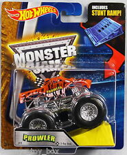 Hot Wheels Monster Jam 1:64 Scale with Stunt Ramp - Prowler X-Ray Body #11