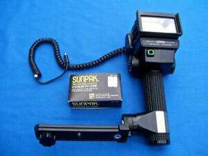 SUNPAK AUTO 522 THYRISTOR HANDLE MOUNT WITH BRACKET WITH A NEW 5' PC CORD