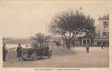 CPA 83 LE LAVANDOU PLACE ERNEST REYER