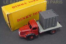 DINKY TOYS FRANCE. BERLIET plateau avec container. + Boite. REF: 34 B.