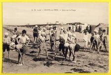 cpa France GRAYE sur MER (Calvados) JEUX sur la PLAGE Saute Mouton JUNO BEACH