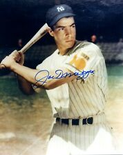 JOE DiMaggio CLIPPER NEW YORK YANKEES HALL OF FAMER  AUTOGRAPHED  8 X 10 PHOTO