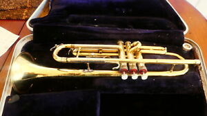 Trumpet Conn Director  with M/P and old case. Fair condition
