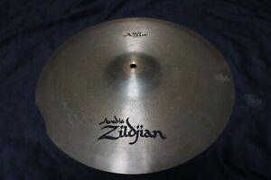 "Zildjian 18"" Avedis Fast Crash Cymbal"