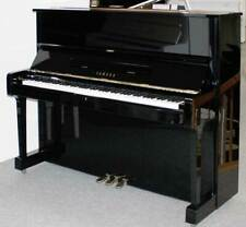 Klavier Yamaha U1, 121 cm, schwarz poliert, Nr. 3411494, 5 Jahre Garantie