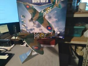 2002 CORGI AVIATION ARCHIVE WORLD WAR II SUPERMARINE SPITFIRE 1:32 AA33901 LARGE