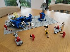 Collectable Lego classic space (c.1979) set: 928 Space Cruiser and Moonbase...