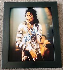 MICHAEL JACKSON SIGNED PREPRINT PHOTO FRAMED - KING OF POP