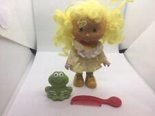 VINTAGE Strawberry Shortcake Lemon Meringue  Doll w Pet Frappe Frog and comb