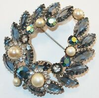 Vintage Juliana Aurora Borealis Blue Rhinestones Faux Pearls Wreath Brooch Pin