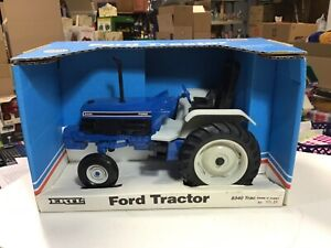 ERTL- Ford 8340 Tractor, 1:16 Scale, Die Cast,