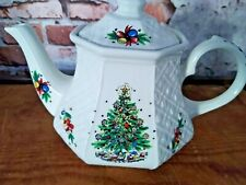 VINTAGE SADLER OF ENGLAND CHRISTMAS TEA POT