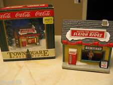 COCA COLA TOWN SQUARE BUILDING - ROUND THE SQUARE SLEIGH RIDES -  1999 - RETIRED