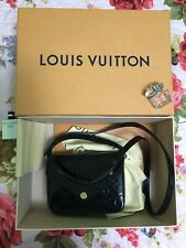 Louis Vuitton M90283 Vernis Sac Lucie Shoulder Bag Noir