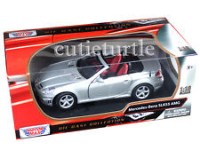 Motormax Mercedes Benz SLK 55 AMG with Retractable Roof 1:18 73162 Silver