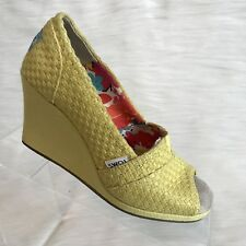 Toms Womens Cork Wedge Yellow Peep Toe Heels Size 5.5 W