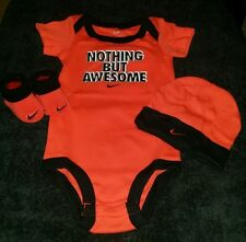 """NIKE BABY BOY 3 PIECE SET """"NOTHING BUT AWESOME"""" BODYSUIT BOOTIES HAT 0-6M RED"""