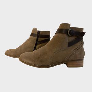 CLARKS CUSHION PLUS Ladies Womens Boots Size 7D EU 41 Suede Glitter Biker Ankle