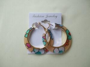 Floral Print Acrylic Hoop Earrings Peach & White New