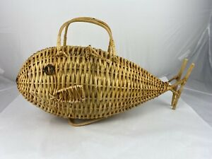 RARE Vintage Handmade Wicker Fish Basket Picnic Decoration Woven Rattan 26""