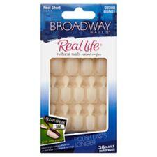BROADWAY NAILS Real Life Natural Nails 36 Short 0002388 L96