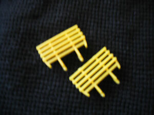 Matchbox Lesney #40 Hay Trailer Yellow Plastic Replacement Racks  only  1 PAIR