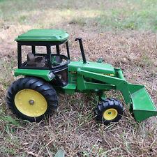 Vintage 2004 ERTL 1:16 John Deere 2755 Utility Tractor w/ Bucket Loader #15538