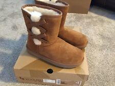 Youth girls suede winter boots Koolaburra by UGG New, size 4 hickory New