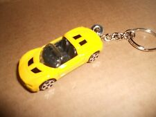 2001 OPEL SPEEDSTER DIECAST MODEL TOY CAR KEYCHAIN KEYRING NEW YELLOW