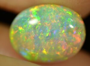 Crystal Opal Australian Natural Solid 5.59 ct BRIGHT MULTI-COLOUR TOP GEM AAA