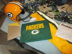 GREEN BAY PACKERS (BOYS) COMPLETE TEAM UNIFORM SIZE (S/M) BY FRANKLIN
