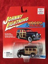 Johnny Lightning ~ WOODYs & PANELs ~ '31 Ford Model A Station Wagon ~ MOC