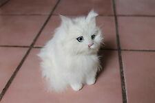 White Snowy Sitting Cat Kitty Adorable Furry Animal Taxidermy Figurine Decor SM