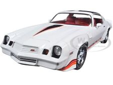1981 CHEVROLET CAMARO Z/28 WHITE 1/18 DIECAST MODEL CAR BY GREENLIGHT 12906