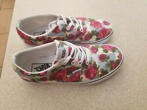 zapatillas vans azules flores