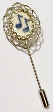 pic épingle chapeau cravate bijou vintage point de croix couleur argent *4490