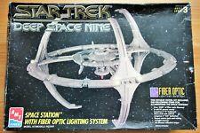 More details for vintage 1995 amt ertl star trek space station nine model kit & lights. no 8764