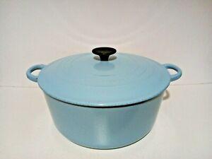 Le Creuset 28cm Cast Iron Round Casserole Pot Large 6.7L Light Blue