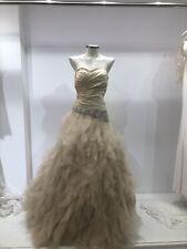Vestido De Novia/ Bridal dress / Color Champán / Estilo Princesa. Talla 40