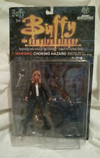 """BUFFY THE VAMPIRE SLAYER ORIGINAL BUFFY IN  JEANS BTVS 6"""" FIGURE....NEW ON CARD!"""