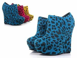 "Blue Leopard Close Toe Platform Pump Booties Womens 5.5"" Wedge Heels Size 10"