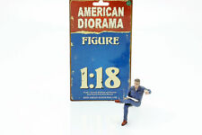 Sitzender Mechaniker Figur #1 1:18 American Diorama