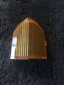 Rolls-Royce Silver Shadow Wraith 1972-80 Rear Amber Signal Lens CD5742 NEW OEM
