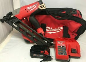 Milwaukee 2743-21CT Fuel Angled Finish Nailer Kit Cordless L.N